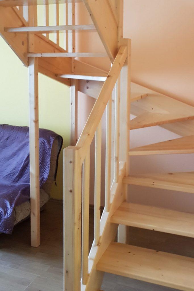 bystry smrkove schody do u realizace svetle zdola